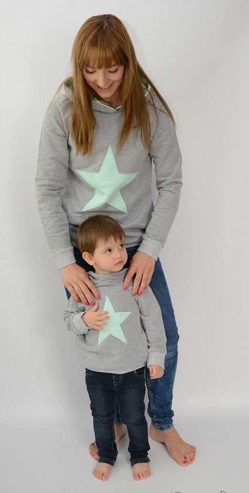 24b8fe86de76 abbigliamento-coordinato-mamma-figlia-figlio-vestiti-uguali