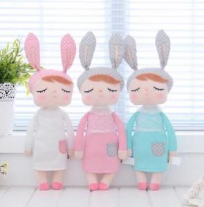 bambola-di-pezza-bunny-con-occhi-chiusi-metoo-doll