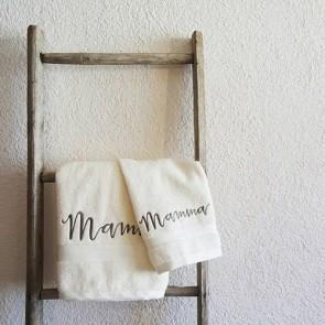 asciugamani-ricamato-mamma-idea-regalo